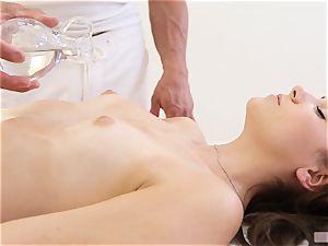 massage with massive extra for Kasey Warner
