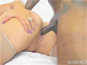 milf Alura Jenson makes her daughters boyfriend see as she gets torn up