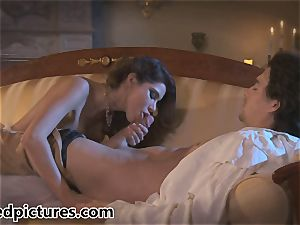 Alexa Nicole gets an olden day cunny porking