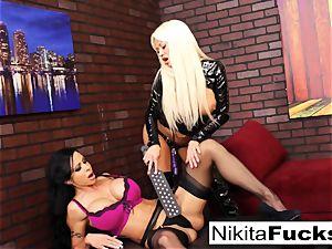 Nikita Von James and joy button Jade boink