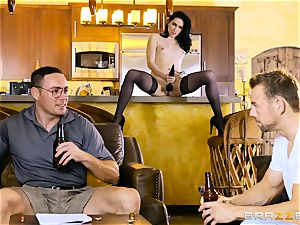 Aria Alexander pulverizes her spouses mate
