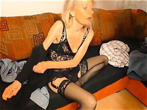 hardcore OMAS - sloppy mature German wifey in wild shag