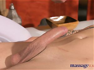 rubdown rooms nubile workman seduced by Alexis Crystal