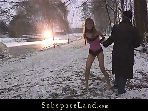 Sever sir torments sub Olga Barz out in the cold