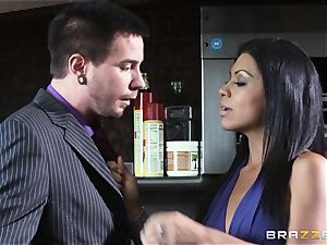 Cassandra Cruz gets filthy with her husband's pal