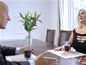 AgedLovE Lacey Starr and Paul gonzo action