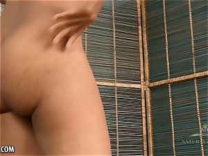 Ariel grace smashes her rosy with hitachi