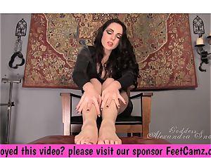 goddess Alexandra Snow - A tiny sole treat - FeetBay