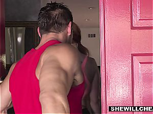 SheWillCheat - sizzling bootylicious wife boinking intimate Trainer