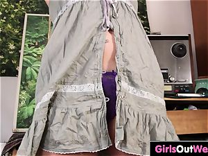 phat boobed wooly unexperienced Heide fucktoys her vag
