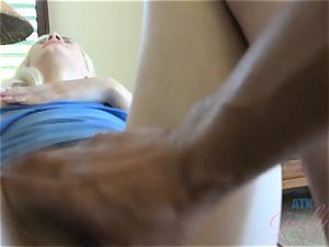 Elsa jean's ideal fuckbox gets a brilliant creampie