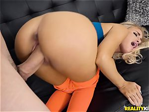 Naomi forest gets getting her pussy packed