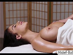 super-fucking-hot masseuse Darcie Dolce massage Victoria lush so romantic and munches her cootchie