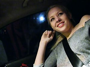 super-cute Lola Taylor gets juicy plowing on the back seat