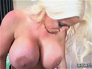 cougar home getting off very first time Step mom s fresh plow plaything