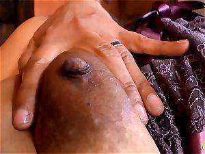 LatinChili Mature Sharon wanking fur covered labia
