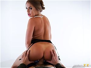 Alessandra Jane monster beef whistle blowing on VR