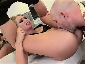 Carter Cruise speed dating fuck in a public wc