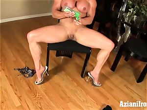 2 fitness models one fuck sticks the other pumps her pussy