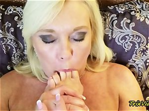 mummy onanism and Toe sucking climaxes with Ms Paris