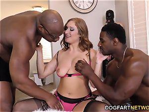 Skylar Snow interracial hotwife Sessions