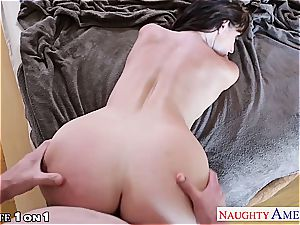 uber-sexy Sophie Dee nasty at home for a large penis
