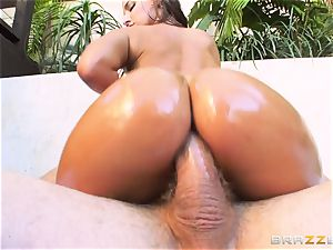 Amirah Adara getting her cock-squeezing tiny donk boned