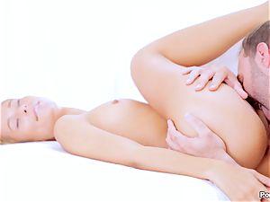 Lola Reve enjoys an anal bashing