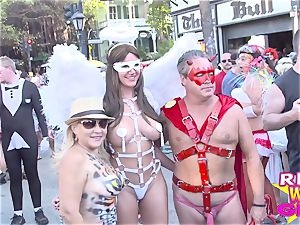 Street flashing stunners dream festival