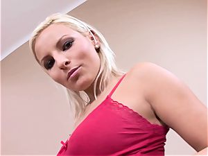 blond fuckslut Eve grin gets kinky torrid teasing everyone with her tittes