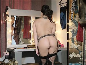 Karlee Grey is the best show doll